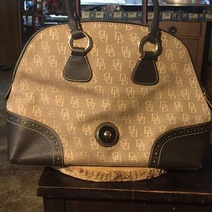 Dooney & Bourke Large Handbag